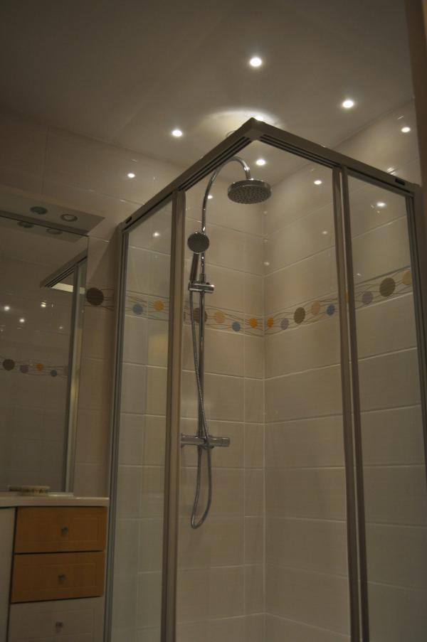 luminaire de douche