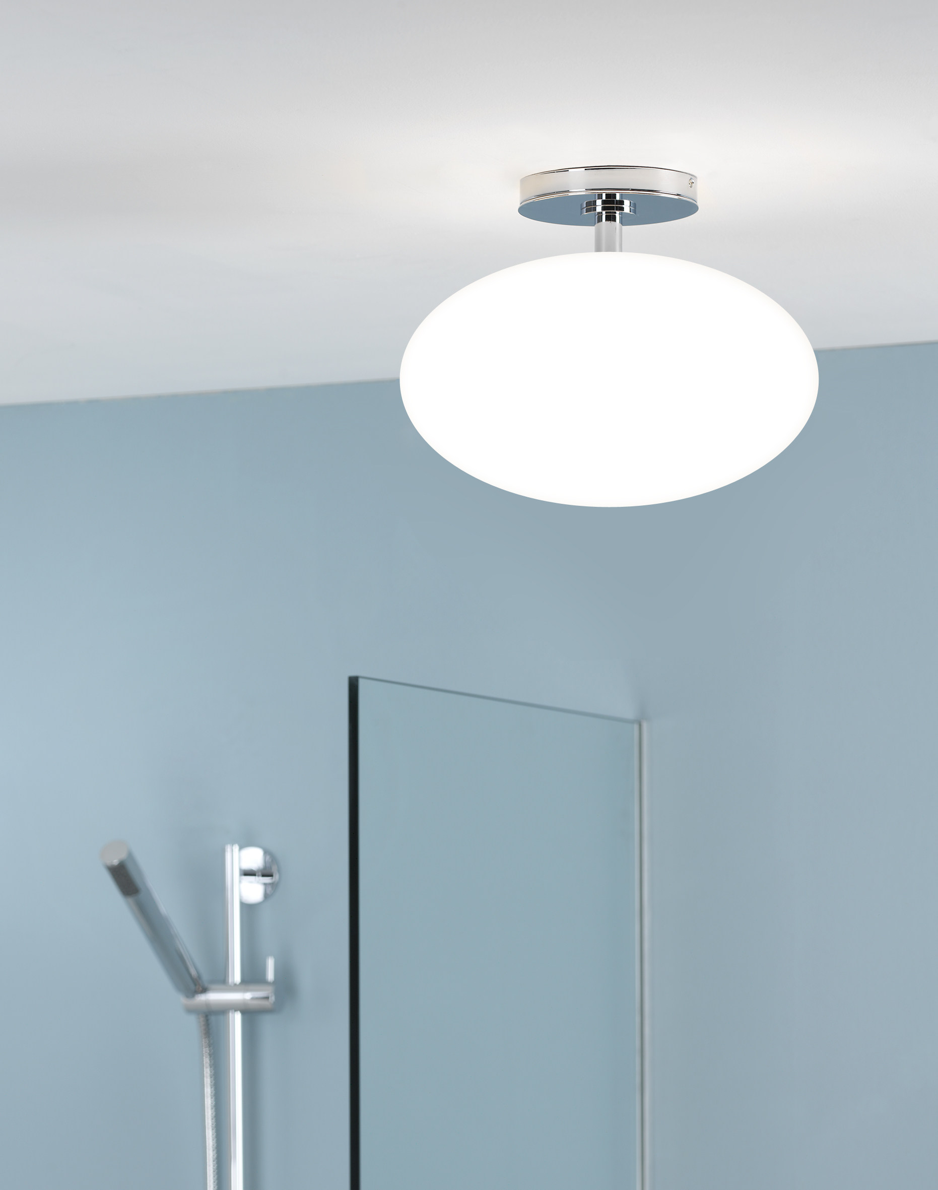 Conforama luminaire plafond beautiful cool plafonnier for Plafond salle de bain